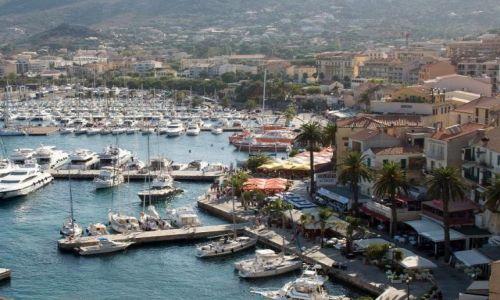 Zdjecie FRANCJA / Korsyka / Calvi / Widok na port