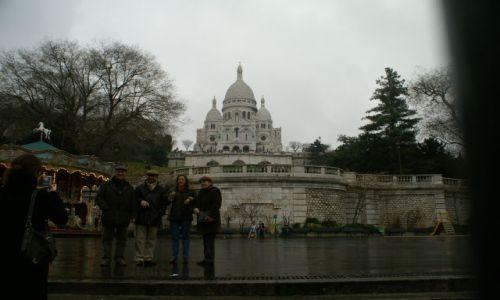 Zdjecie FRANCJA / Paryż / Wodk na wzgórze i kościół Sacre Coeur / Wzgórze Montmartre