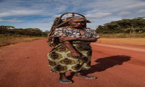 GABON / Makokou / Gdzieś na drodze / Afrykańskie bezdroża