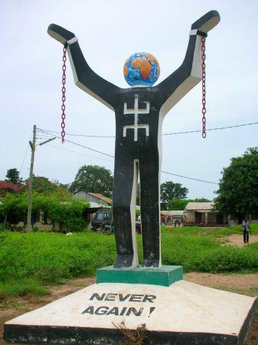 Zdjęcia: ALBREDA/JUFFUREH, NIGDY WIECEJ......., GAMBIA