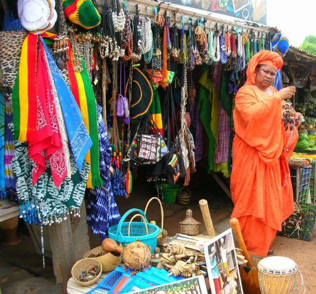 Zdj�cia: dzielnica handlowa, wlascicielka sklepu, GAMBIA