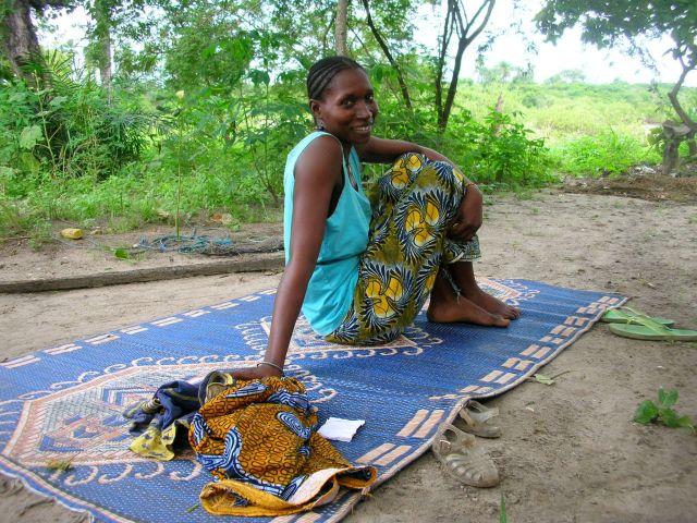 Zdjęcia: wioska, mieszkanka wioski, GAMBIA