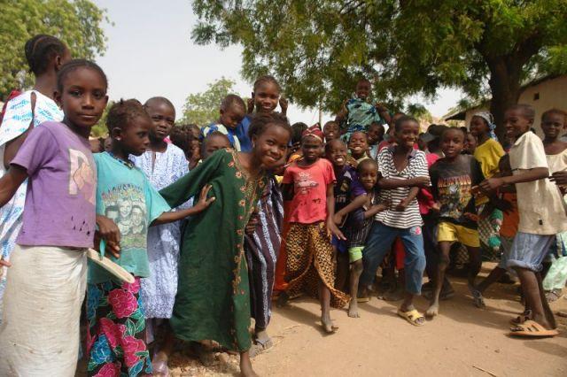 Zdjęcia: Baro Kunda, Ciekawość, GAMBIA
