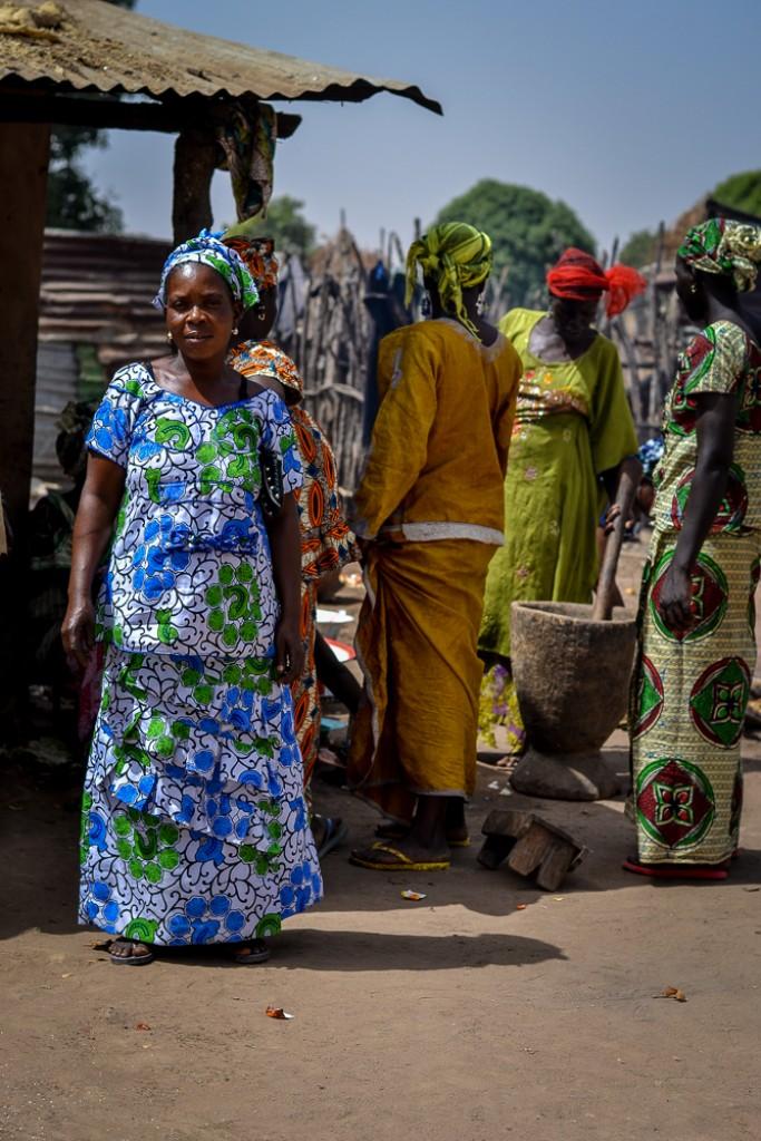 Zdjęcia: Brufut, kobiety afrykańskie, GAMBIA