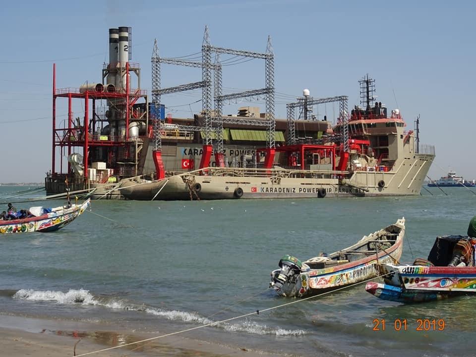 Zdjęcia: Banjul, Banjul, Pływająca elektrownia, GAMBIA