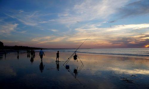 Zdjęcie GAMBIA / Bandżul / Bijilo / o zachodzie słońca bardziej biorą ;)