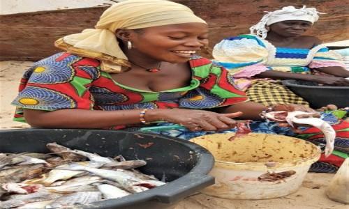Zdjecie GAMBIA / Greater Banjul Area / Bakau / Uśmiechnij się, na przekór wszystkiemu