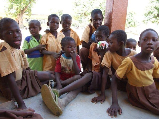 Zdjęcia: Kansingo, Bolgatanga, Uczniowie na przerwie, GHANA