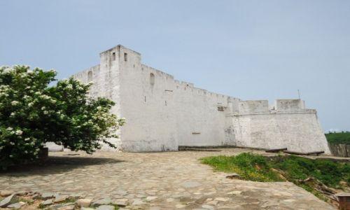 Zdjęcie GHANA / Western Region / Dixcove / Fort Metal Cross