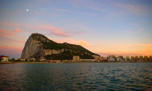 Zdjęcie GIBRALTAR / -Gibraltar / Gibraltar / Gibraltar wieczorem