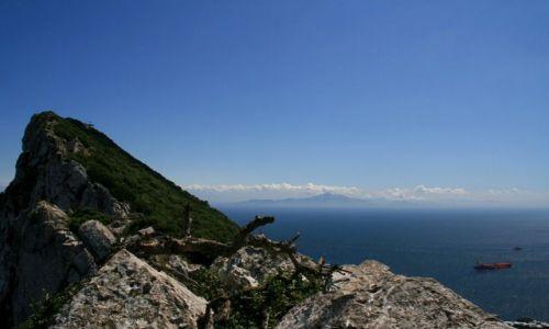 Zdjecie GIBRALTAR / - / Skała Gibraltarska / Cieśnina Gibraltarska