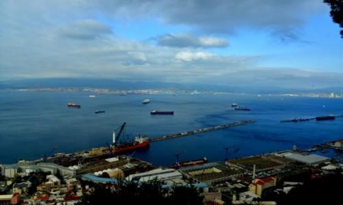 Zdjecie GIBRALTAR / Gibraltar / Skała Gibraltarska / Panorama na Ciśninę Gibraltarską