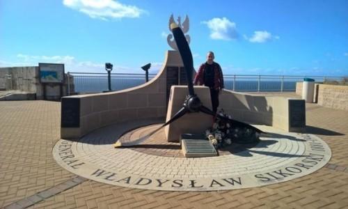 Zdjecie GIBRALTAR / Cieśnina Gibraltarska / Sikorski Memorial / Polski akcent na Gibraltarze