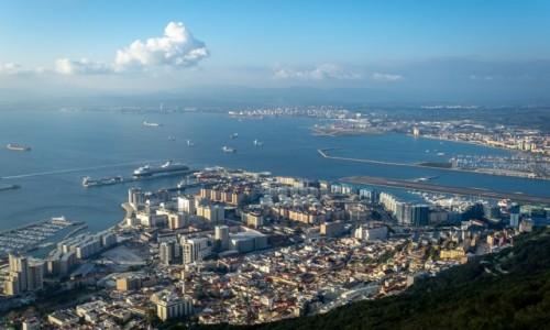 Zdjecie GIBRALTAR / Płw. Iberyjski / skała Gibraltarska / w tłoku...