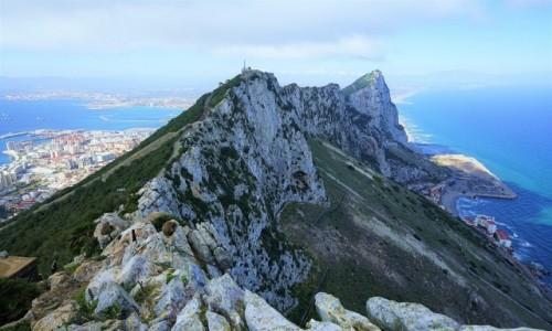 Zdjęcie GIBRALTAR / Skała Gibraltarska / . / Widok na stację kolejki linowej