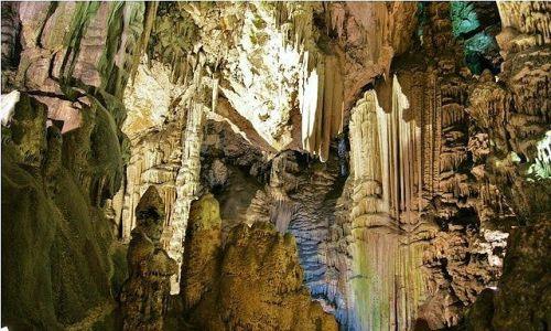 Zdjęcie GIBRALTAR / Gibraltar / Skała Gibraltarska / Jaskinia Św. Michała