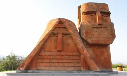 Zdjecie GÓRSKI KARABACH / Stepanakert / . / My i nasze góry lub Babcia i Dziadek