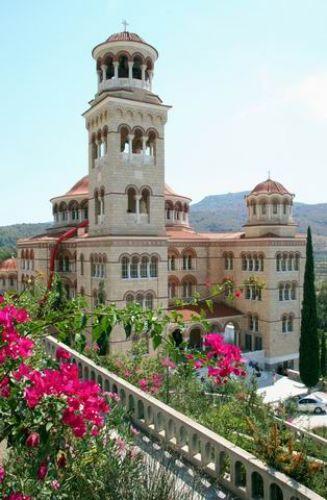 Zdjęcia: Przepięknie odrestaurowany monastyr, Monastyr, GRECJA