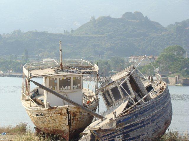 Zdjęcia: Zakynthos, Zakynthos - kutry przed wyjściem w morze, GRECJA
