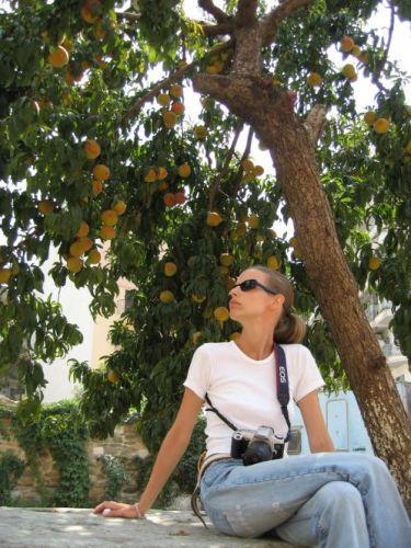Zdj�cia: Thessaloniki, brzoskwinki...du�o brzoskwinek, GRECJA