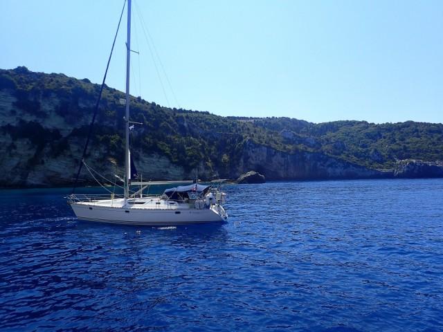 Zdjęcia: Korfu - morze, Korfu, Rejs w pobliżu Korfu. Jacht., GRECJA