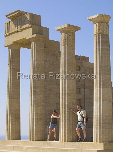 Zdj�cia: Lindos, akropol, Rodos, Lindos - akropol, �wi�tynia Ateny , GRECJA