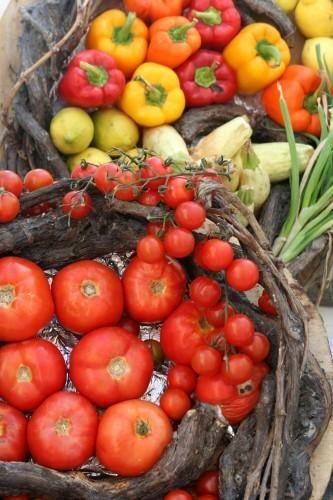Zdj�cia: Fira, Cyklady, Santorini, Kolorowe warzywka :-), GRECJA