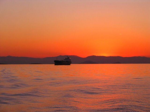 Zdjęcia: Zatoka Sarońska, Morze Egejskie, Zachód słońca w Zatoce Sarońskiej , GRECJA