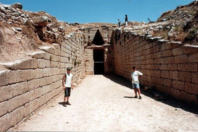 Zdjęcia: MYKENY, Wejście do grobu Klitajmestry, GRECJA