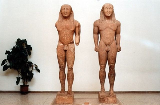 Zdjęcia: DELFY, Muzeum Delfickie - Bracia Kleobis i Biton, GRECJA