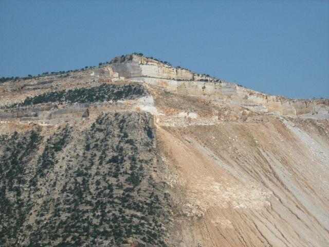 Zdjęcia: w drodze na skhiatos, kopalnia marmuru, GRECJA