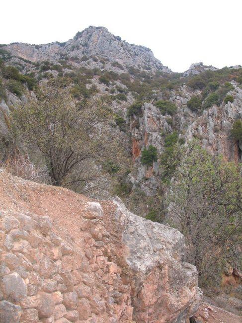 Zdjęcia: Delfy, skały Parnasu, GRECJA