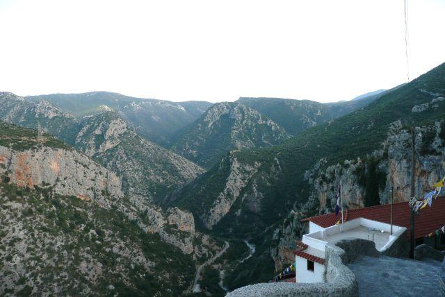 Zdjęcia: Leonidion, Peloponez, Droga do monastyru Leonidion 2, GRECJA