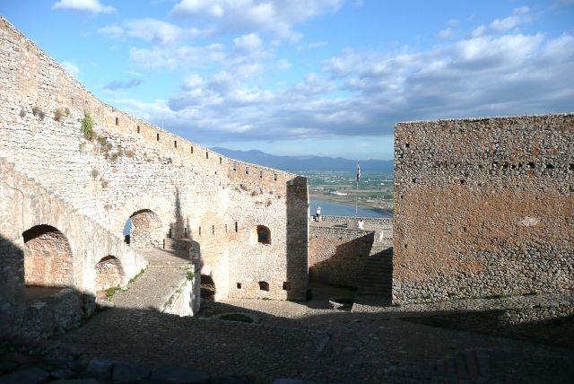 Zdjęcia: Navplio, Peloponez, Mury bastionu, GRECJA