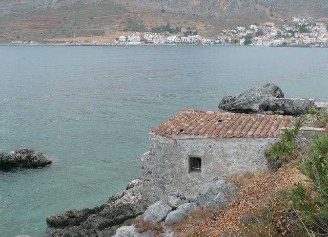 Zdjęcia: Yefira, Peloponez, Skały Monemvasii, GRECJA