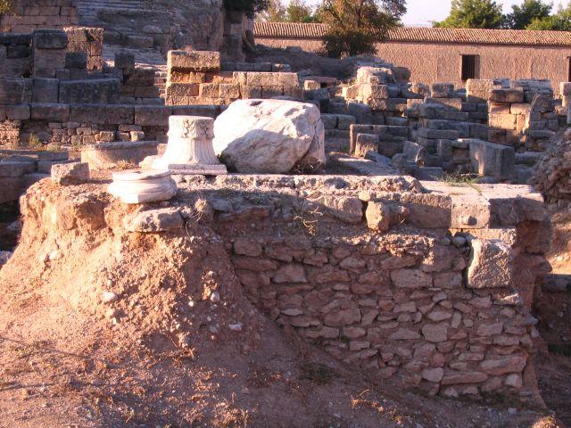 Zdjęcia: Korynt, Przesmyk Koryncki - Peloponez, wykopany Korynt, GRECJA
