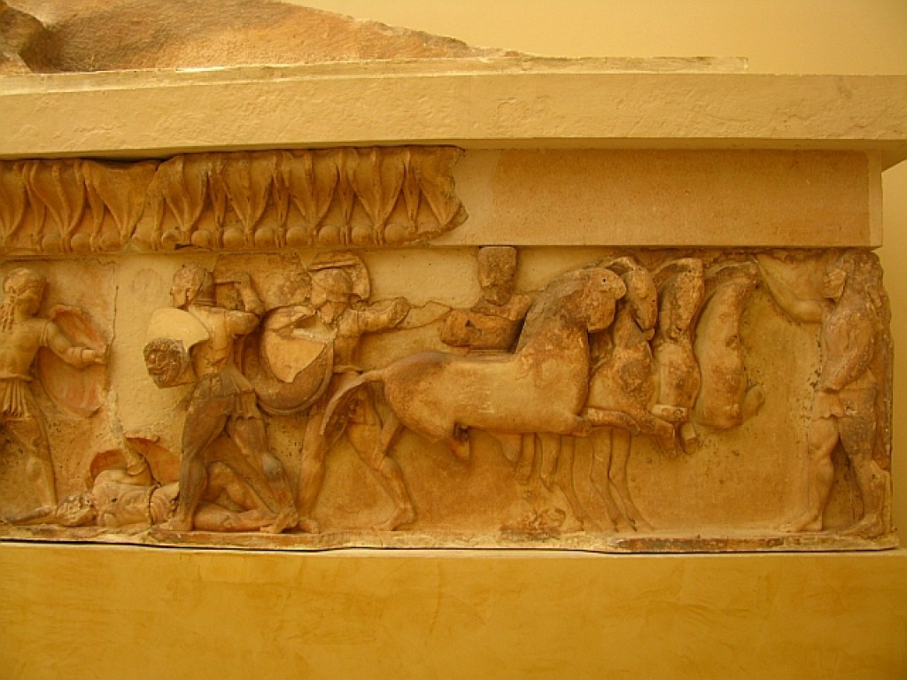 Zdjęcia: Delfy muzeum archeologiczne, Fokida, fragment fryzu Wojna Trojańska, GRECJA