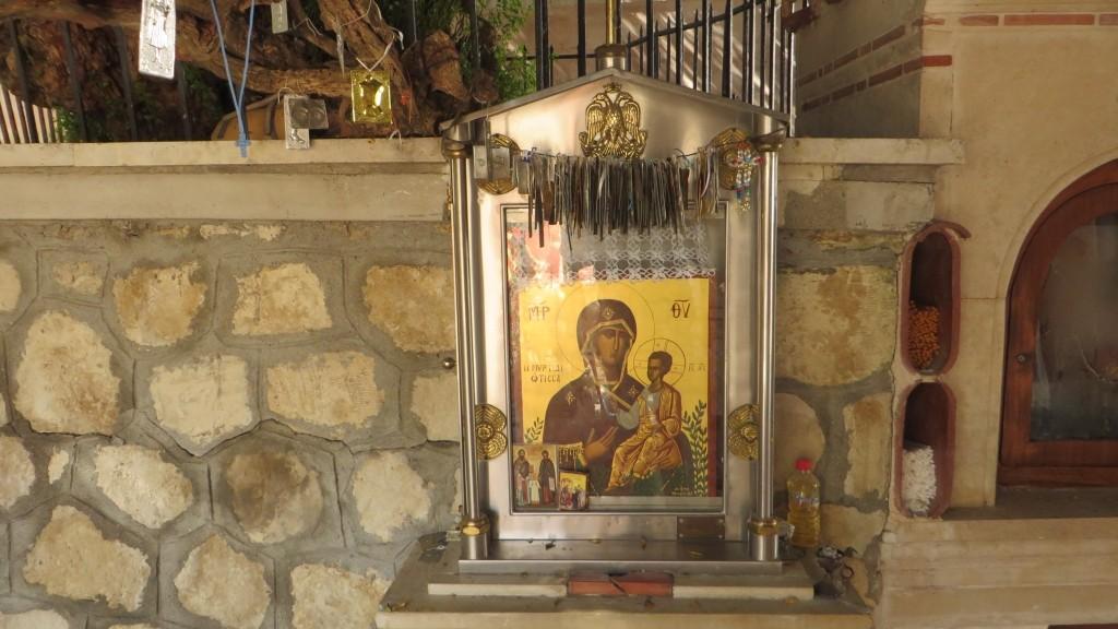 Zdjęcia: Trasa Heraklion - Faistos, Kreta, żeński klasztor, GRECJA