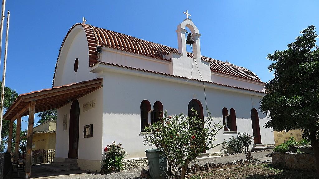 Zdjęcia: okolice Rethymnonu, Kreta, wiejski kościółek, GRECJA