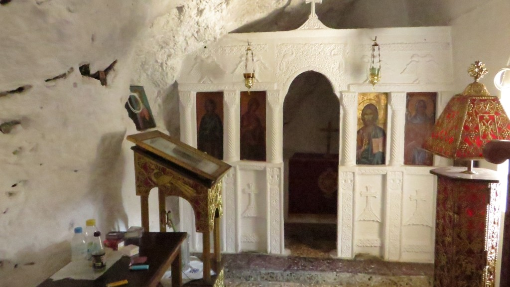 Zdjęcia: wąwóz Kourtaliotiko, Kreta, skalny kościółek, GRECJA