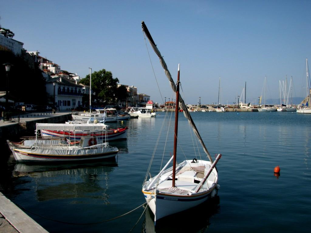 Zdjęcia: Skopelos, Morze Egejskie, Łódeczka, GRECJA