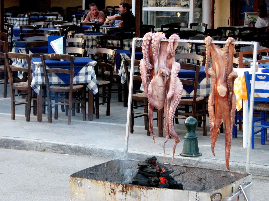 Zdjęcia: Poros, Morze Egejskie, Lunch, GRECJA