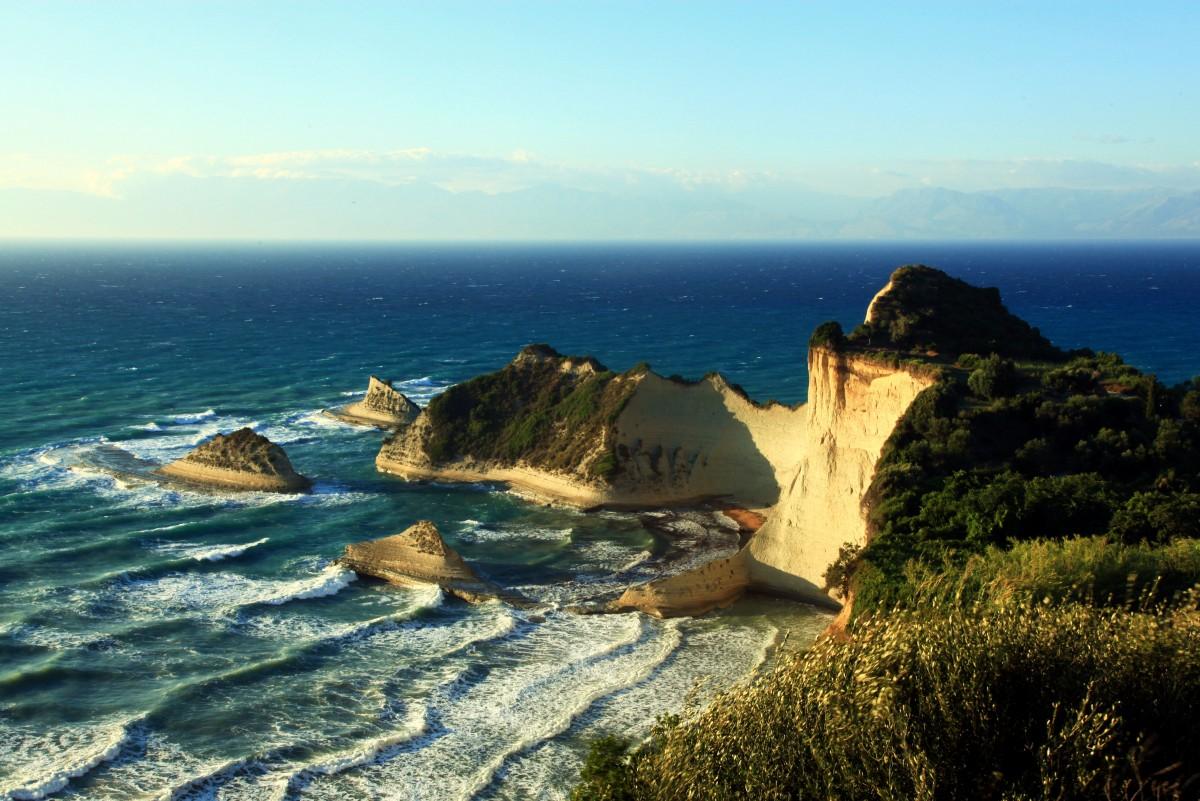 Zdjęcia: Perulades, Korfu, Cape Drastis, GRECJA