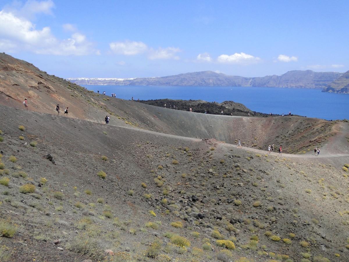 Zdjęcia: Nea Kameni, Santorini, Wulkan z widokiem na kalderę., GRECJA