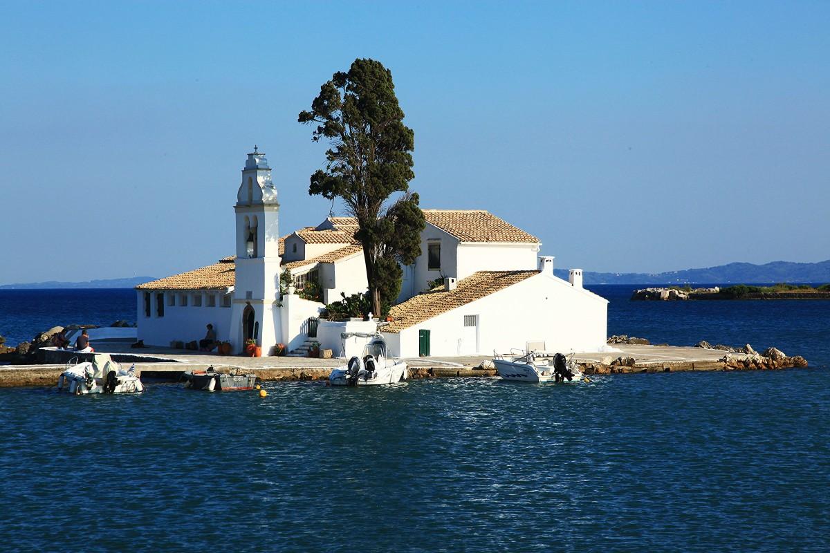 Zdjęcia: Zatoka Kanoni, Korfu, Klasztor Vlacherna, GRECJA