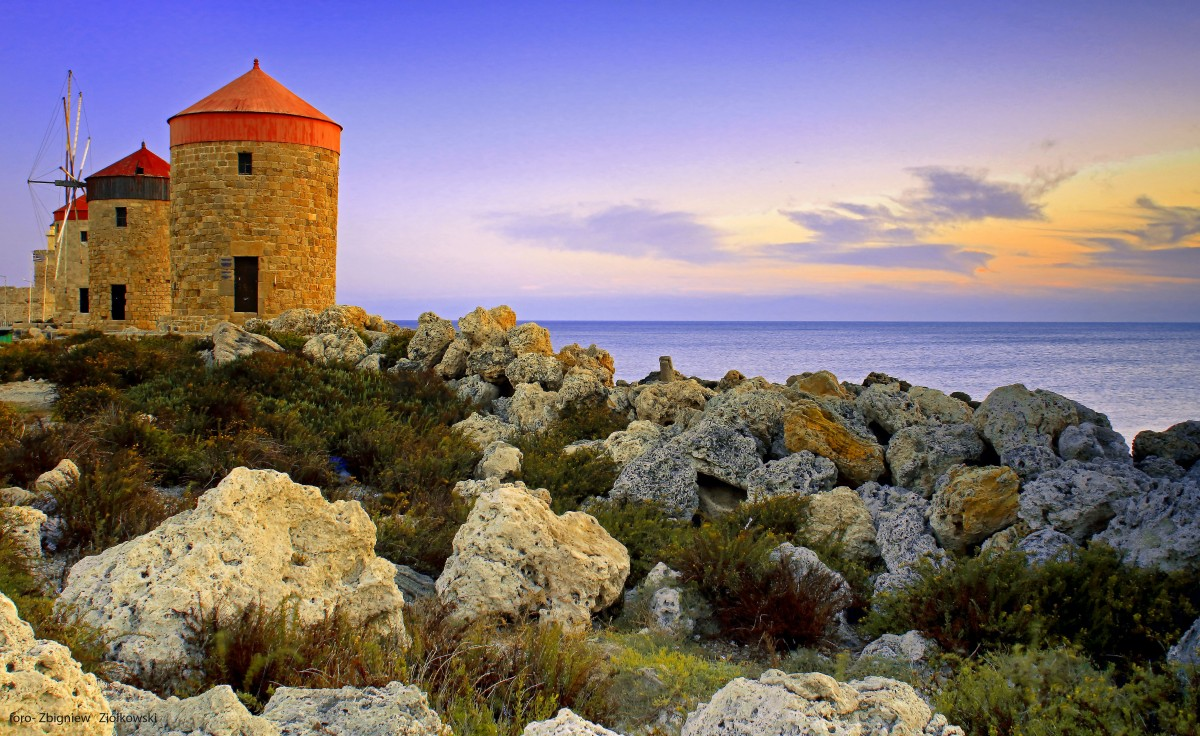 Zdjęcia: Port Mandraki, Rodos, Wiatraki, GRECJA
