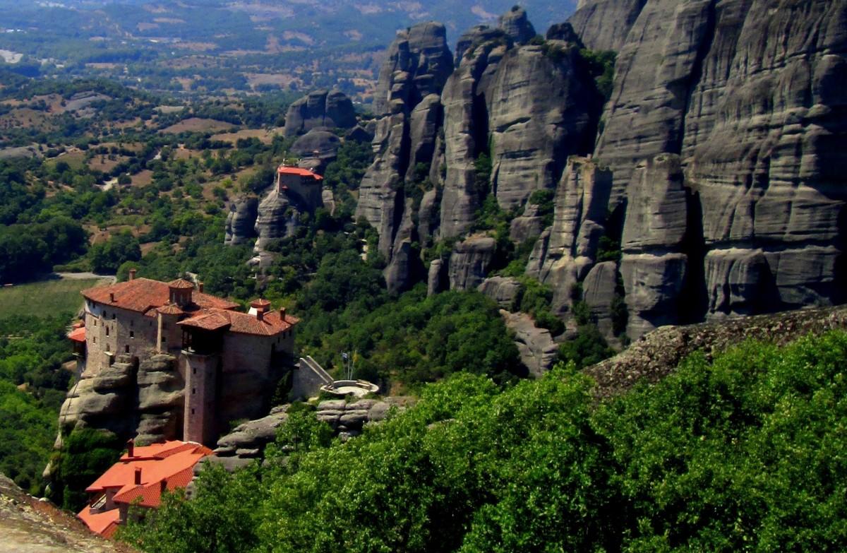 Zdjęcia: Kalambaka, Tesalia, Na tle kolosów, GRECJA