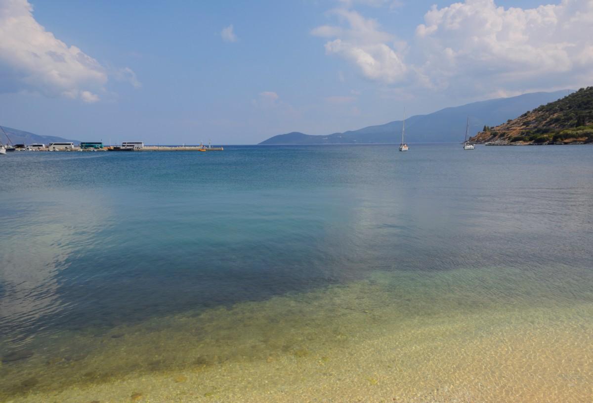 Zdjęcia: Kefalonia - Agia Effimia, Wyspy Jońskie, przystań w Agia Effimia, GRECJA