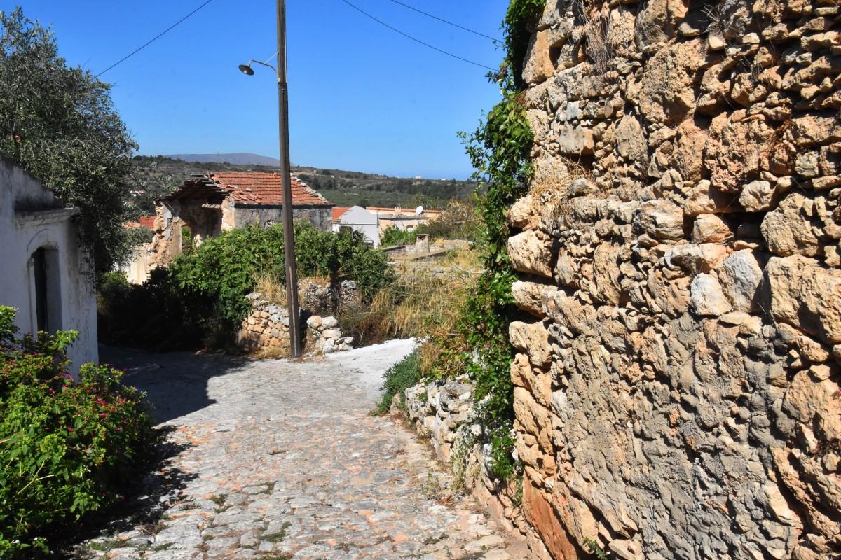Zdjęcia: Kefalos, Kreta, Idąc uliczkami Kefalos, GRECJA