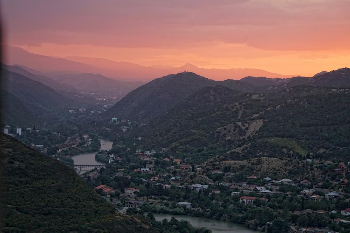 Zdjęcia: styr Dżwari, Srodkowa Gruzja, Widok na Mcchetę, GRECJA